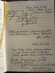 13/16 Fragmenty księgi pamiątkowej wystaw...